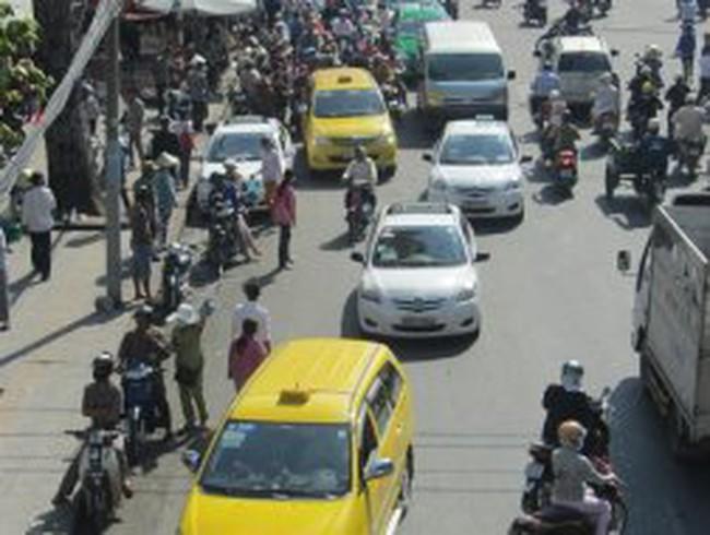 Bộ GTVT sẽ siết chặt kinh doanh taxi