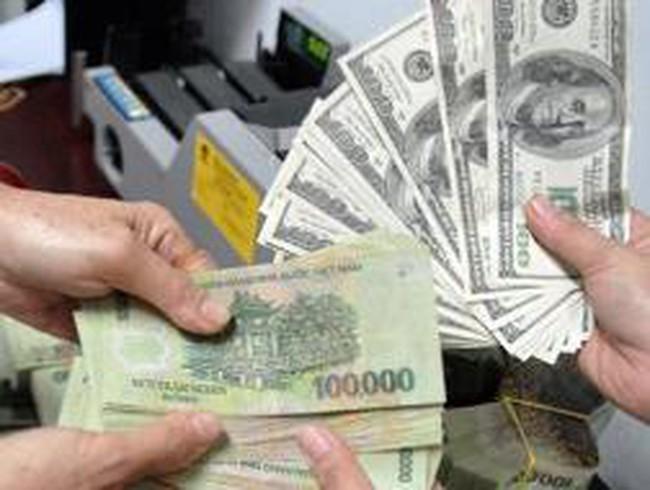 Giá USD trong các ngân hàng giảm tiếp 30 đồng
