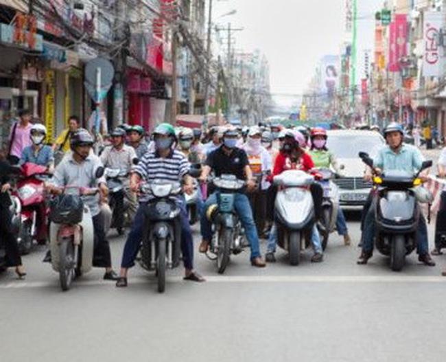 Alan Phan dự báo về kinh tế Việt Nam năm 2012