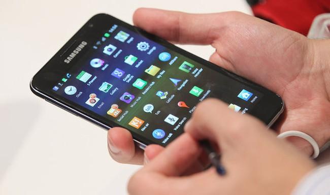 Samsung lãi kỷ lục nhờ điện thoại thông minh