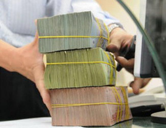 Economist: 'Kinh tế ổn định sẽ kéo đầu tư nước ngoài trở lại VN'