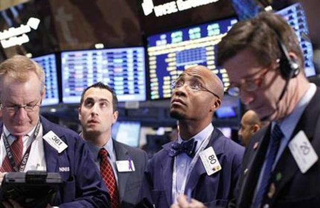 Dow Jones có tuần mất điểm đầu tiên trong năm 2012