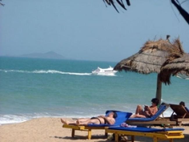 """Việt Nam là """"điểm đến mới nổi"""" trong năm du lịch 2012"""