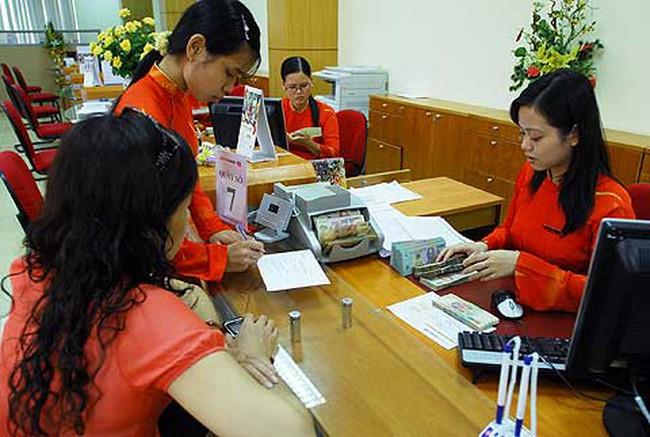 Các đơn vị thuộc NHNN tại Hà Nội sẽ làm việc muộn hơn từ 1/2/2012