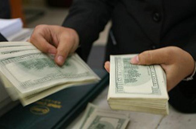 Hấp dẫn tín dụng ngoại tệ