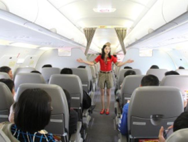 VietJetAir: Vé bay Tp. HCM – Hà Nội giá 590.000 đồng/chặng