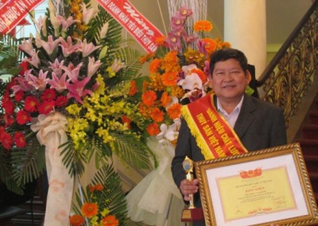 """Công ty Hùng Cá đạt giải thưởng """"chất lượng vàng thủy sản"""" lần thứ 2"""