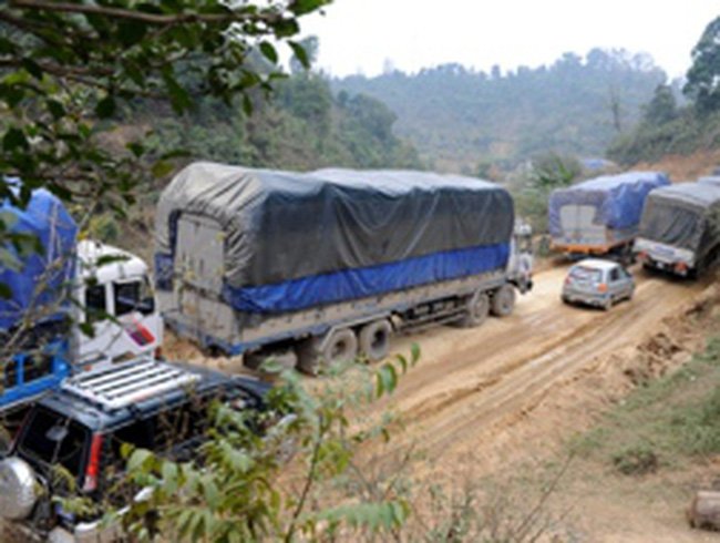 Xây dựng 36 trạm kiểm soát trọng tải xe