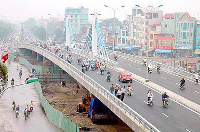 Xây cầu vượt dài hơn 300m tại Lê Văn Lương - Láng Hạ