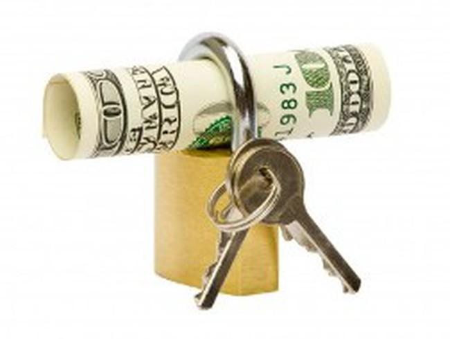 EVE, BKC, TNG, KDH, PIT, DPM, VSC, GIL: Thông tin giao dịch lượng lớn cổ phiếu