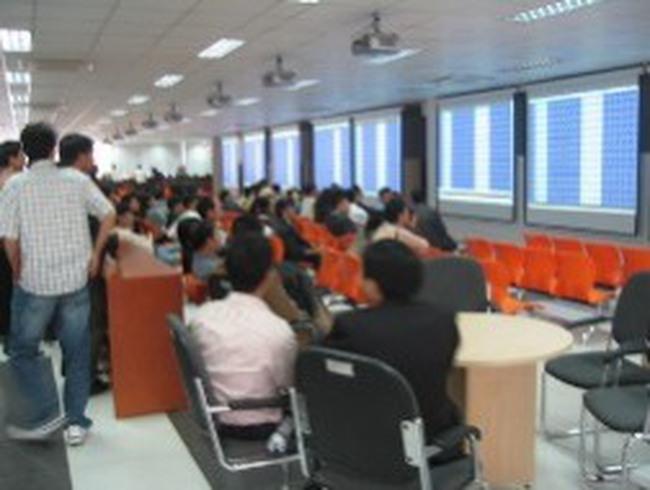 KLS: Vietnam ETF đăng ký mua, bán hơn 11 triệu cổ phiếu