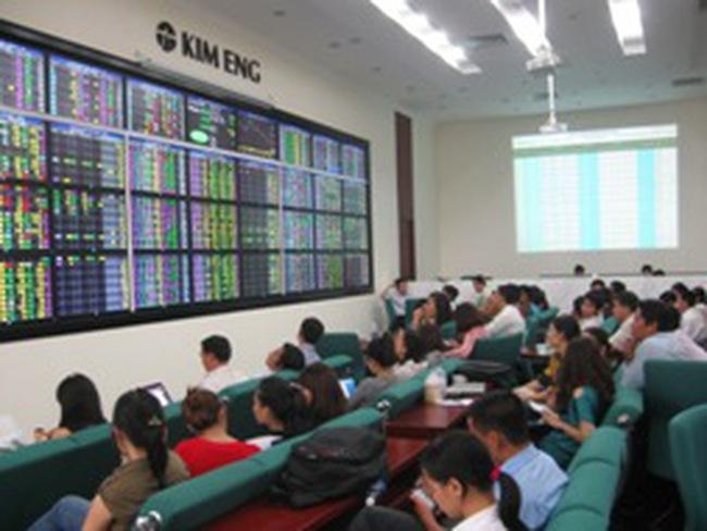 Giám đốc phân tích CTCK Kim Eng: Nắm giữ và bán ngay khi thị trường có dấu hiệu đảo chiều
