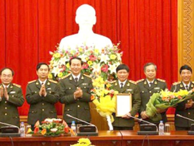 Giao quyền Tổng cục trưởng Tổng cục An ninh II