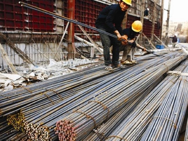 Các doanh nghiệp ngành thép sản xuất cầm chừng
