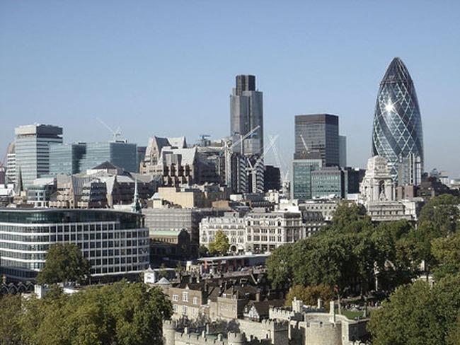 """London """"hút"""" dân bất động sản giàu có"""