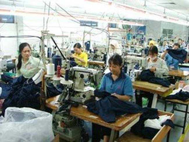 """Mô hình nhiều lao động, vốn và nguyên liệu nhập khẩu đã đến lúc cần """"đại tu"""""""