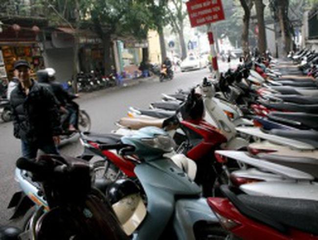 Hà Nội tiếp tục cấm trông giữ xe ở nhiều tuyến phố