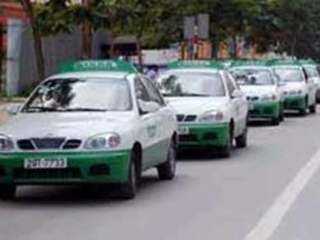 Cước taxi chính thức tăng 500-1.500 đồng/km