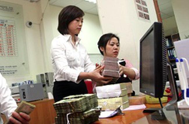 Đồng tiền quẩn quanh trong hệ thống ngân hàng