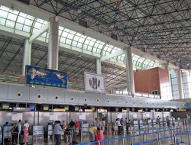 Bloomberg: Việt Nam kêu gọi đầu tư quốc tế vào các dự án xây dựng sân bay