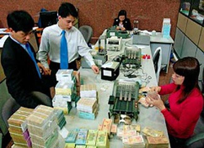 Hoạt động ngân hàng tháng 2/2012: Tiền gửi tăng 1,66% so với tháng trước