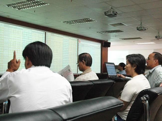 Sửa thuế chứng khoán, cần làm ngay từ 2012