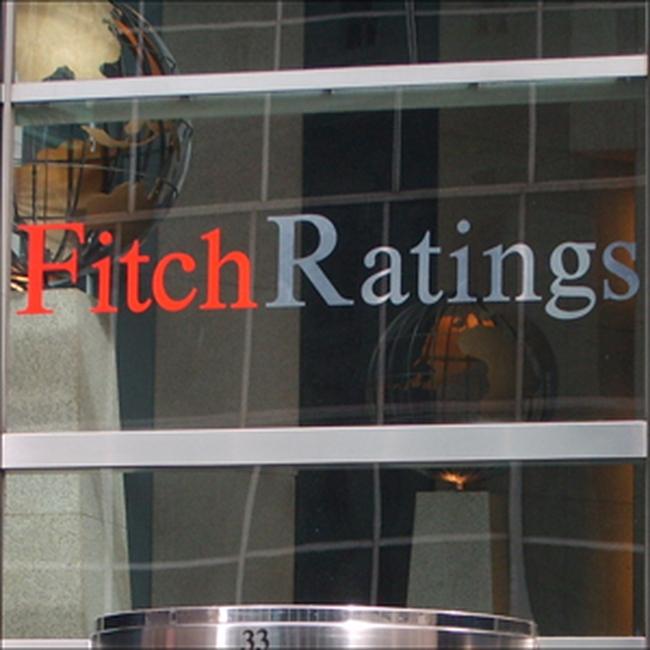 Fitch nâng xếp hạng tín dụng Hy Lạp lên mức B-