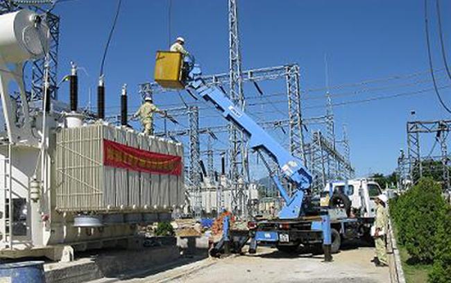 Cần tách một số bộ phận của EVN và thành lập các công ty hoạt động độc lập về điện