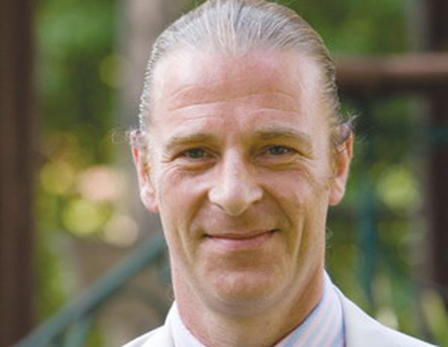 Ông Dominic Scriven: quá sớm để yên tâm với xu hướng tăng bền vững