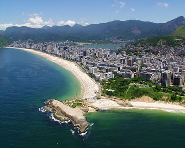 """Brazil vật lộn với """"lời nguyền tài nguyên"""""""