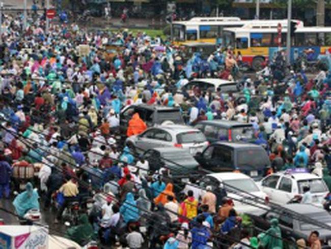 Mô hình tập trung của Hà Nội khiến giải pháp giao thông kém hiệu quả