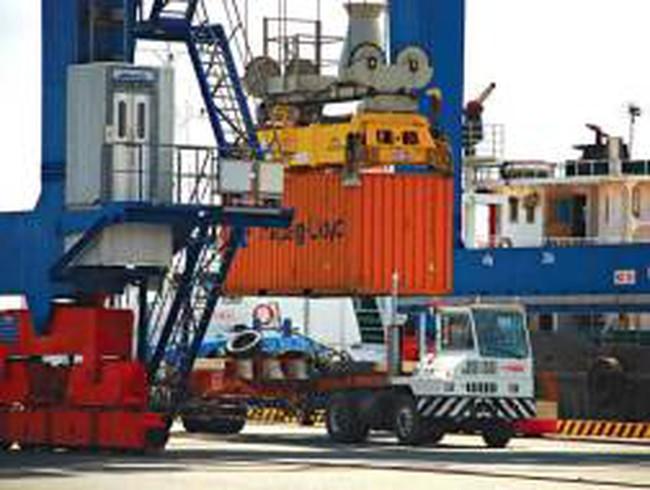 Cước tàu tăng làm khó hàng xuất khẩu