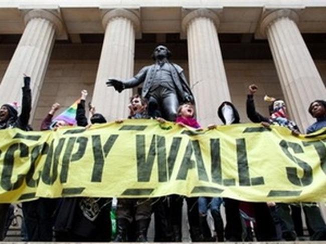"""""""Chiếm Phố Wall"""" kỷ niệm dấu mốc tròn nửa năm"""