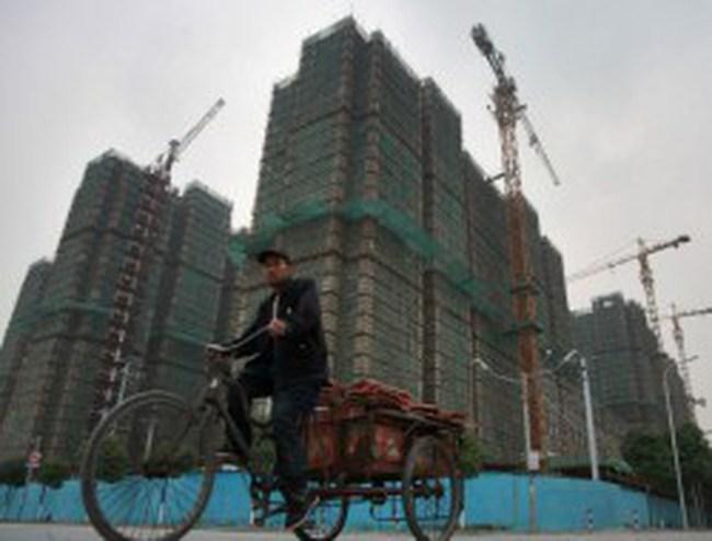 """Thị trường bất động sản Trung Quốc tiếp tục """"xuống dốc"""""""