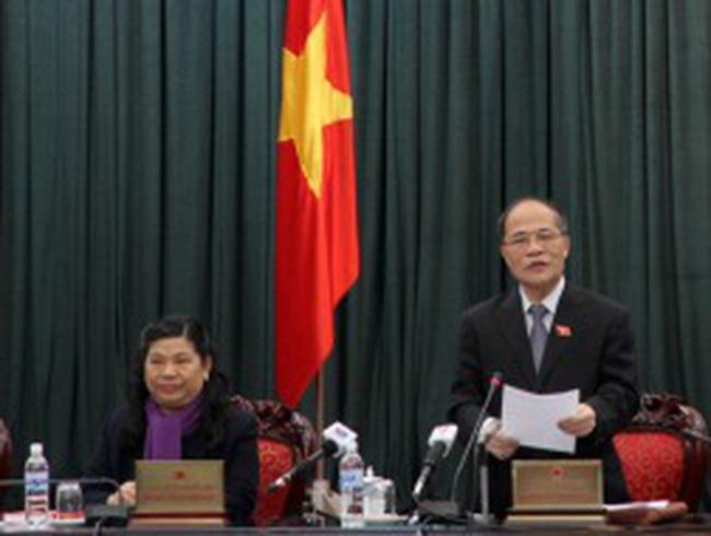 Thường vụ Quốc hội thảo luận sửa đổi Hiến pháp 1992