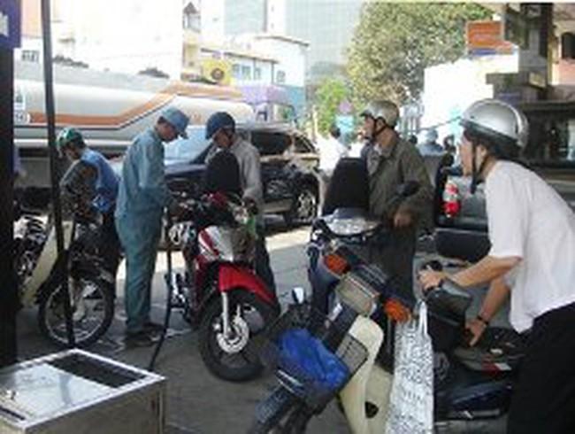 Reuters: Việt Nam sẽ tăng gấp 4 lần lượng dầu diesel nhập khẩu trong tháng 3-4