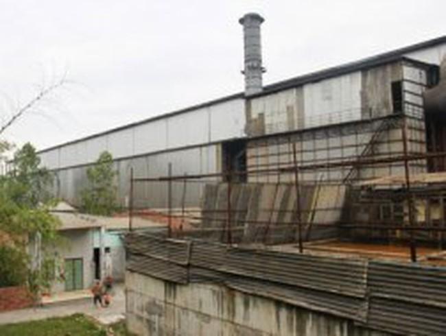 Dân vây nhà máy thép ở Đà Nẵng, chính quyền tổ chức họp khẩn