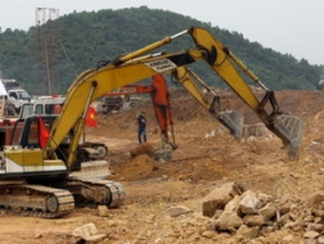 Quảng Trị: Khởi công nhà máy chế biến mủ cao su