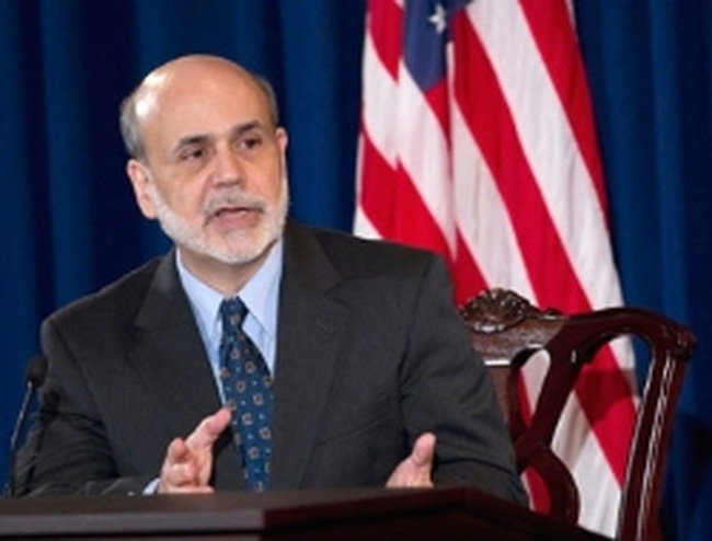 Fed: Để giảm thất nghiệp, cần tăng trưởng nhanh hơn nữa
