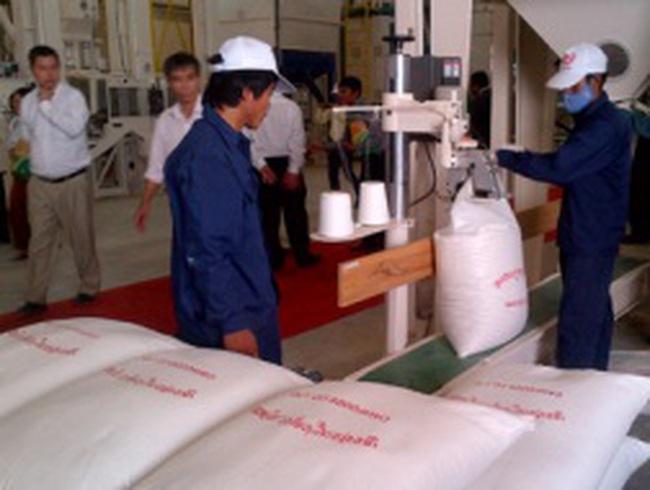 Việt Nam khánh thành nhà máy chế biến gạo xuất khẩu tại Campuchia
