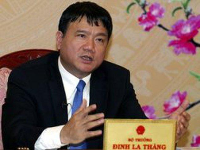 """Bộ trưởng Đinh La Thăng: """"Chưa thu phí xe trong năm nay"""""""