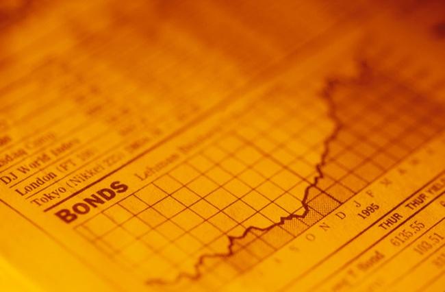 Bùng nổ phát hành trái phiếu quốc tế năm 2012