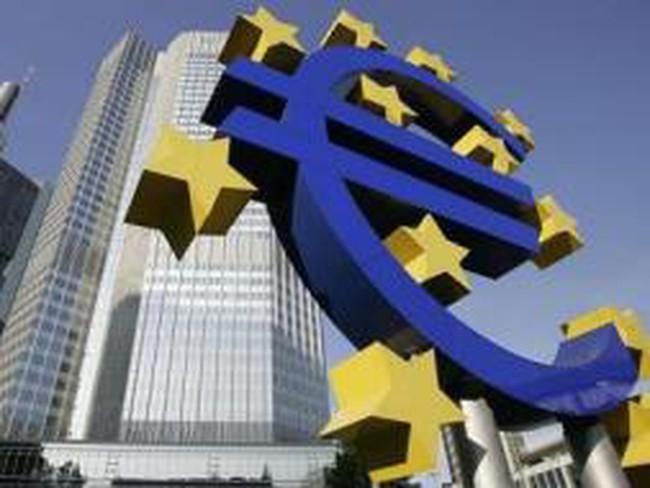 IMF báo động hiểm họa nợ xấu ở Trung và Đông Âu