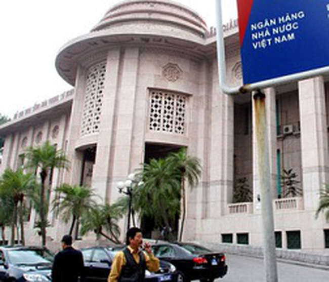 NHNN yêu cầu 5 ngân hàng và SJC báo cáo mạng lưới mua bán vàng miếng