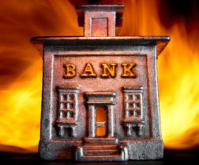 Ngân hàng nhỏ đã thoát cơn khủng hoảng?