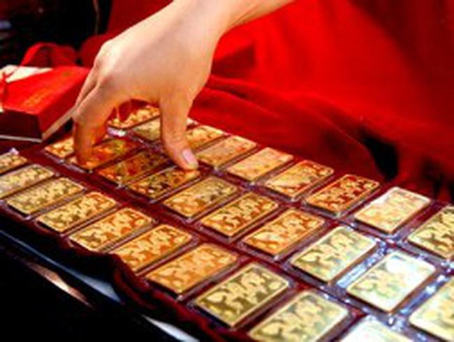 Mất trên 300 nghìn đồng, giá vàng xuống dưới 43,5 triệu đồng/lượng