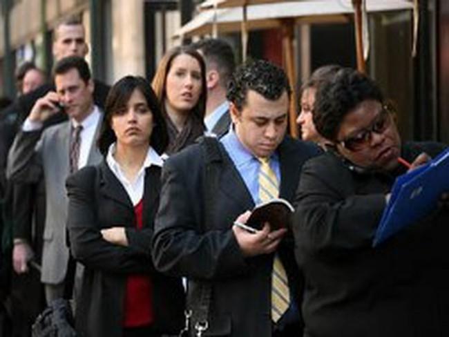 Số đơn xin trợ cấp thất nghiệp lần đầu tại Mỹ thấp nhất 4 năm