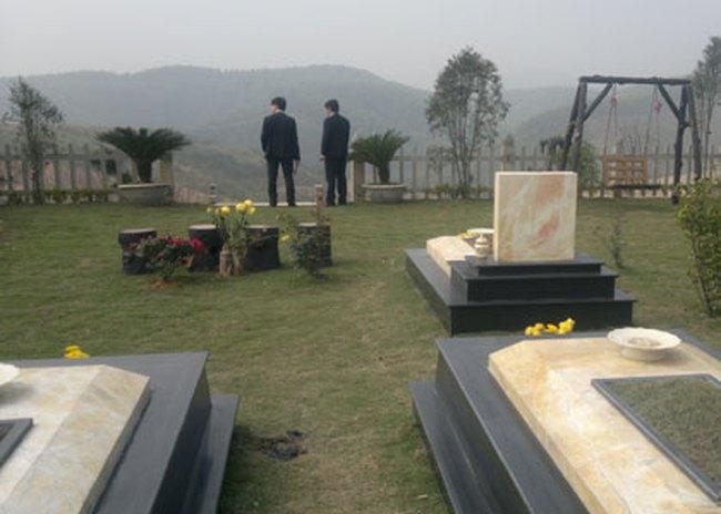Địa ốc 'chết', đất nghĩa trang vẫn sốt giật mình