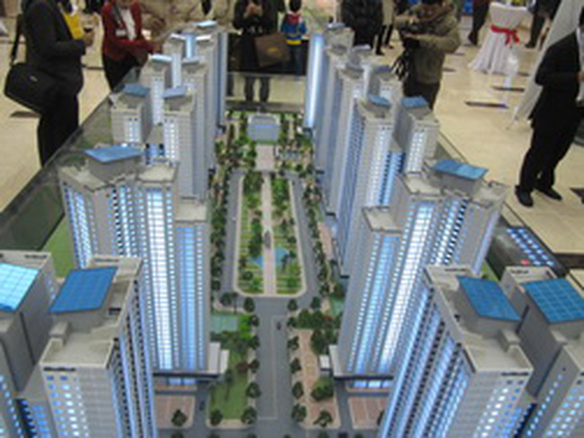 """Thị trường căn hộ chung cư: Cần một cú """"hích"""" của hình thức thuê mua"""