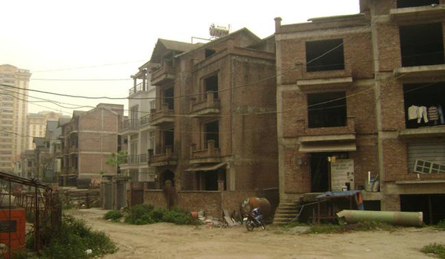 Sống khổ ở khu đô thị thiếu hạ tầng